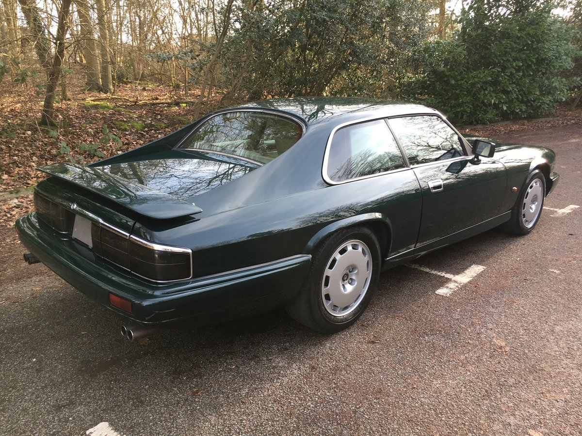 1992 Jaguar XJR-S 6.0 V12 facelift in unmarked condition 80 Pics  For Sale (picture 3 of 6)