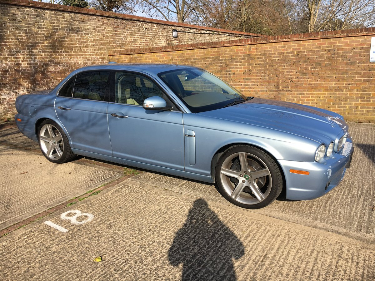 2007 Jaguar Sovereign Supercharged 4.2 32k FSH 1 owner For Sale (picture 1 of 6)