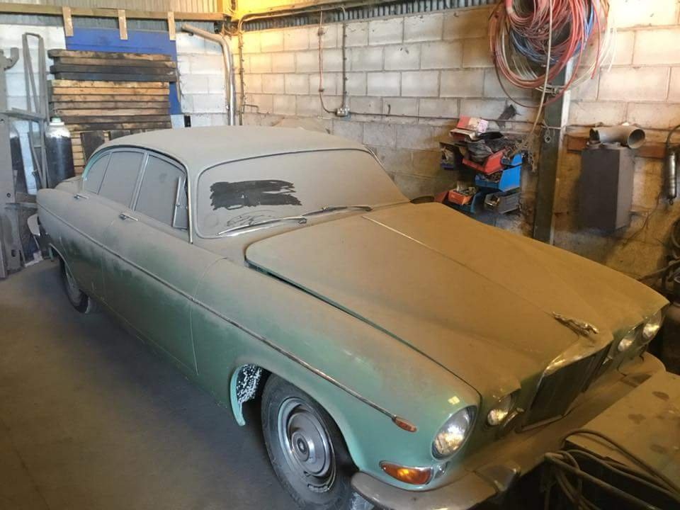Rare 1968 Willow Green Jaguar 420G Barn Find For Sale (picture 5 of 6)