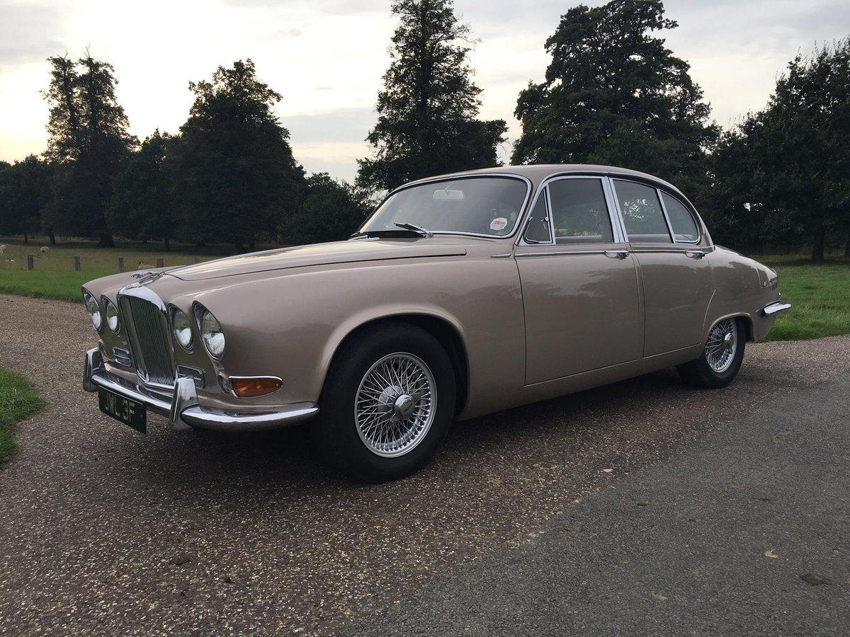 1967 Jaguar 420 low mileage For Sale (picture 1 of 6)
