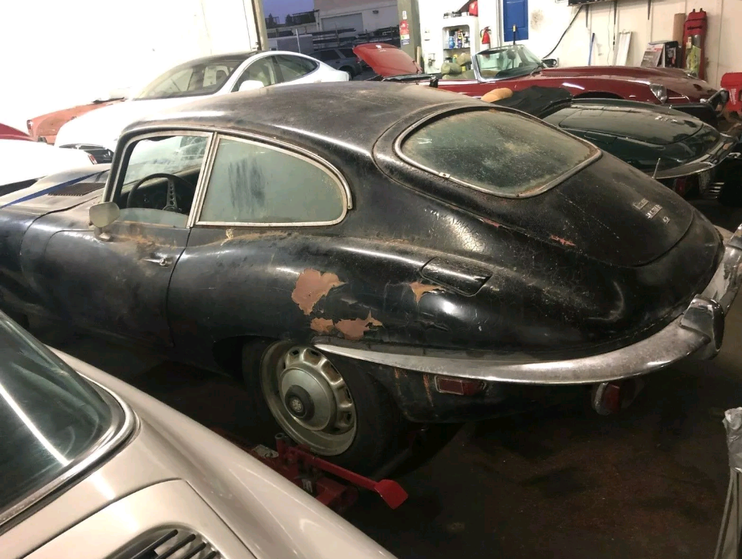 1970 Jaguar E-Type Coupe complete needs restoration For Sale (picture 3 of 4)