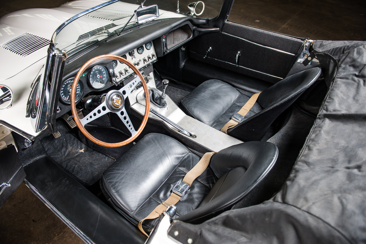 1962 Jaguar E-Type Series I Roadster  For Sale (picture 4 of 6)