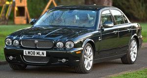 2008 Jaguar XJ8 Executive 4.2L For Sale