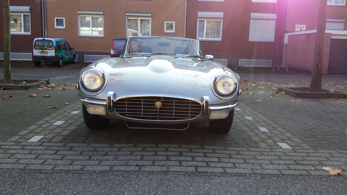 1974 V12 E-Type roadster manual a/c hardtop 27K miles For Sale (picture 1 of 6)