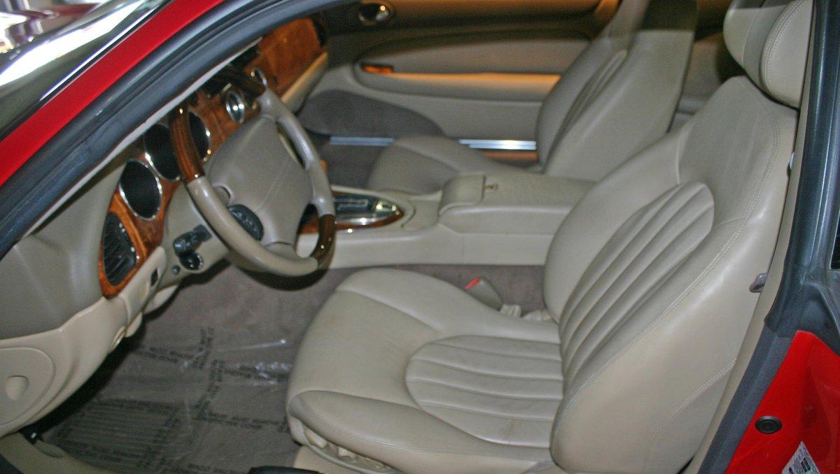 2003 Jaguar XK8 For Sale (picture 4 of 6)