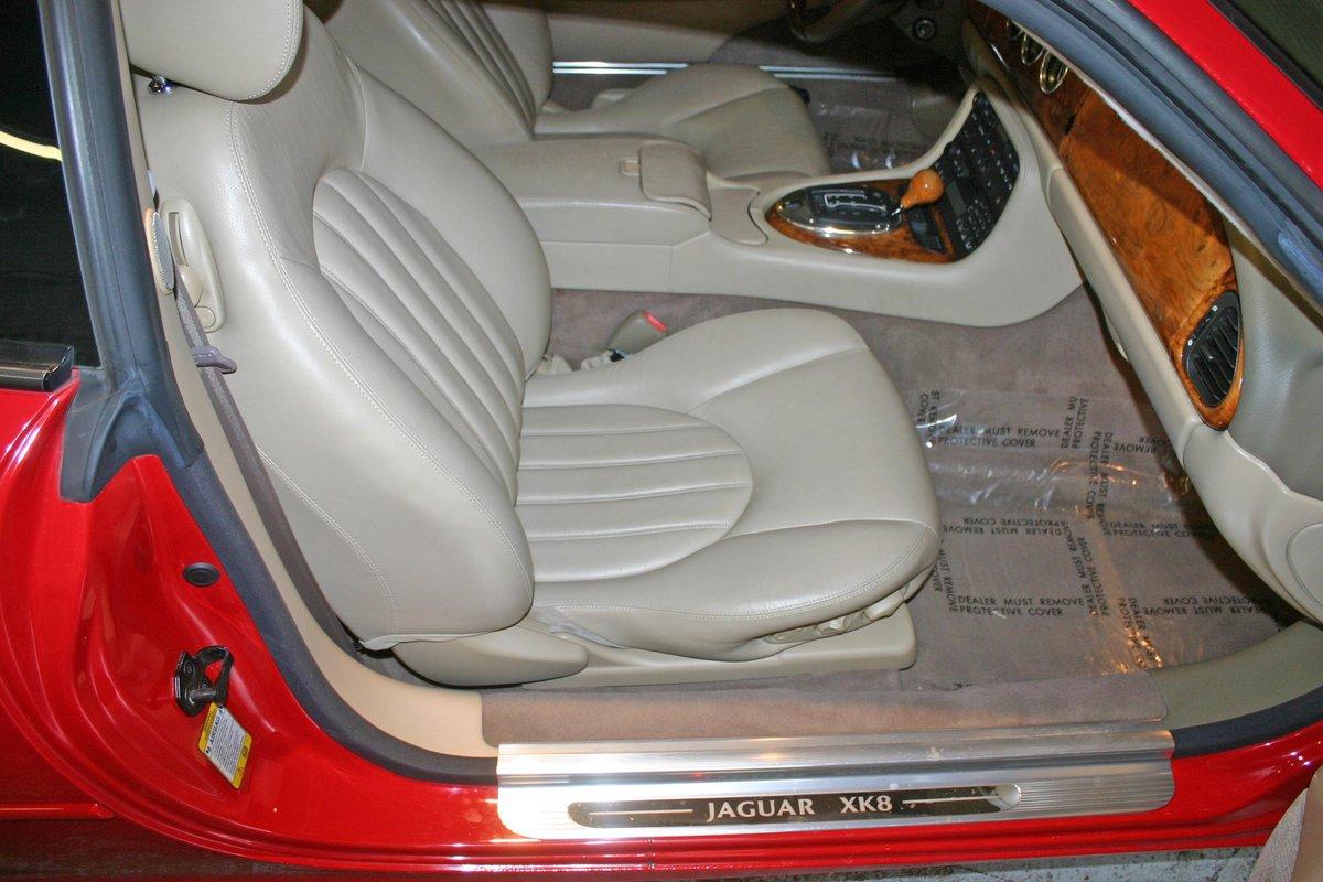 2003 Jaguar XK8 For Sale (picture 5 of 6)