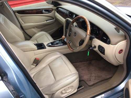 2004 Jaguar XJ8 V8 SE Auto at Morris Leslie Auction SOLD by Auction (picture 4 of 6)