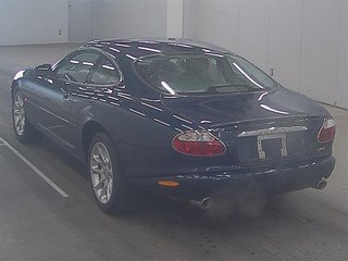 Jaguar XKR 2001 32k FSH 1 owner and stunning For Sale (picture 2 of 3)