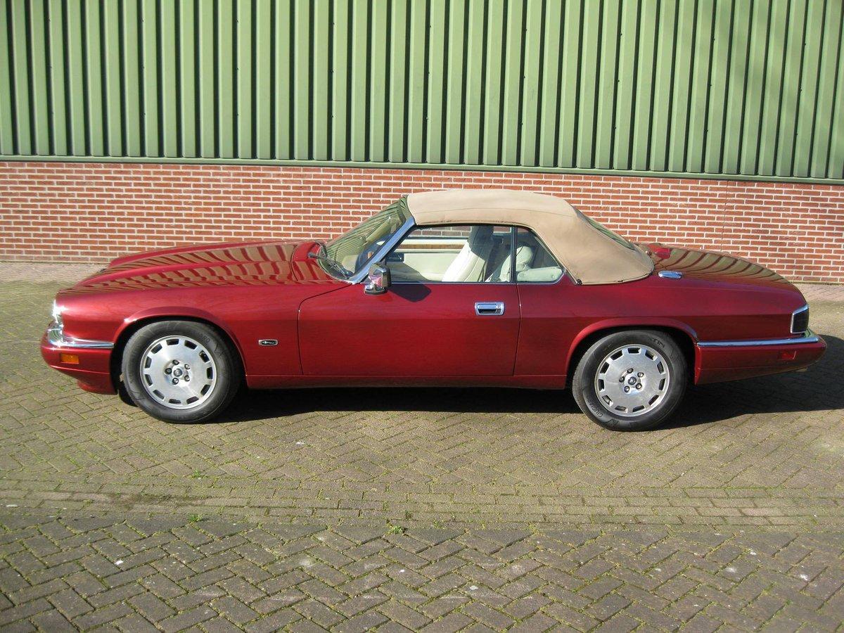 1996 Jaguar XJS 4.0 Convertible € 26.900,-- For Sale (picture 1 of 6)