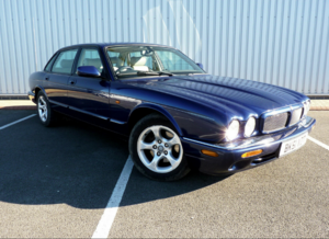 2001 XJ 3.2 EXECUTIVE V8 ** 1 YR MOT / 14 STAMPS ** For Sale