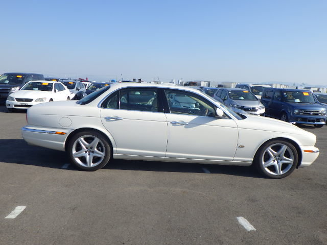 2007 Jaguar Sovereign 4.2  43k FSH as new condition For Sale (picture 5 of 6)