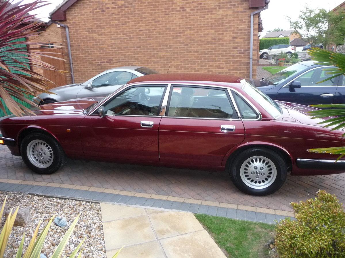 1993 Jaguar XJ6 3.2 Auto XJ40 Regency Red Pearl Metalic SOLD (picture 2 of 6)