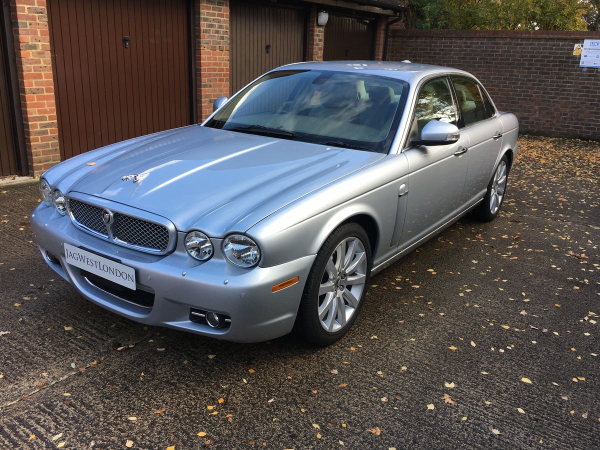 Jaguar XJ6 2008 3.0 petrol 49k, High spec, £265 tax per year For Sale (picture 4 of 6)