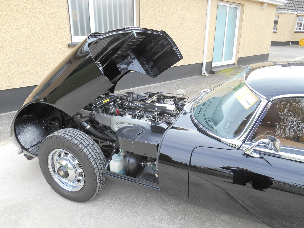1974 Jaguar E Type series 3  V12 Commemorative For Sale (picture 3 of 6)