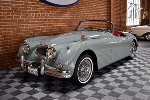 1958 Jaguar XK150 3.4 Liter Roadster = Grey(~)Red $125k