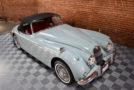 1958 Jaguar XK150 3.4 Liter Roadster = Grey(~)Red $125k For Sale (picture 2 of 6)