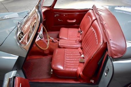 1958 Jaguar XK150 3.4 Liter Roadster = Grey(~)Red $125k For Sale (picture 4 of 6)