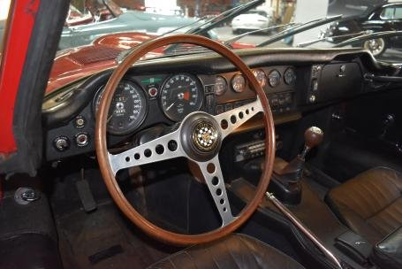 1969 Jaguar XKE Series II 4.2L Fixed Head Coupe = Red $49.5k For Sale (picture 4 of 6)