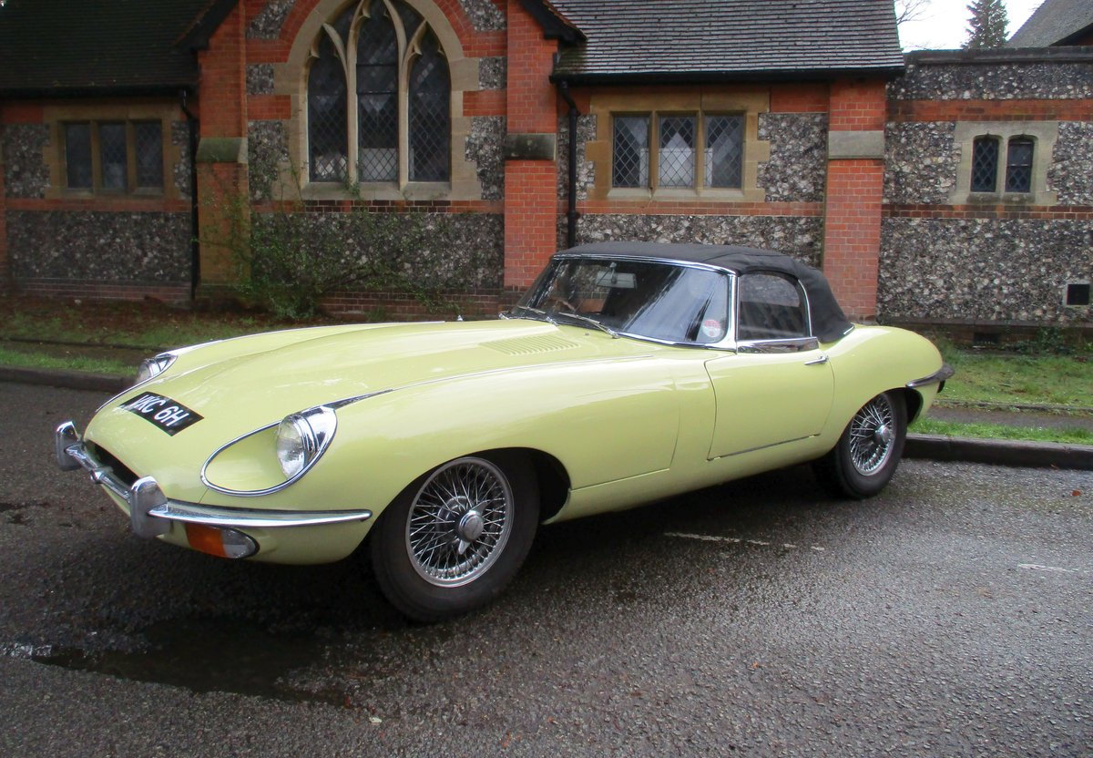 Jaguar E type 4.2 S2 Convertible 1970 Gen  RHD  48,900 miles For Sale (picture 2 of 20)