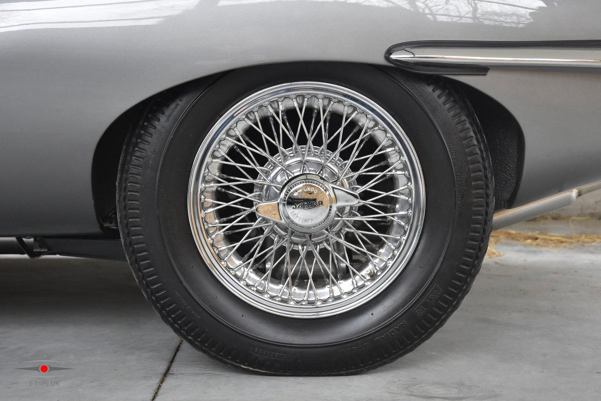 1965 Jaguar E-type Series 1 4.2 LHD FHC For Sale (picture 3 of 6)