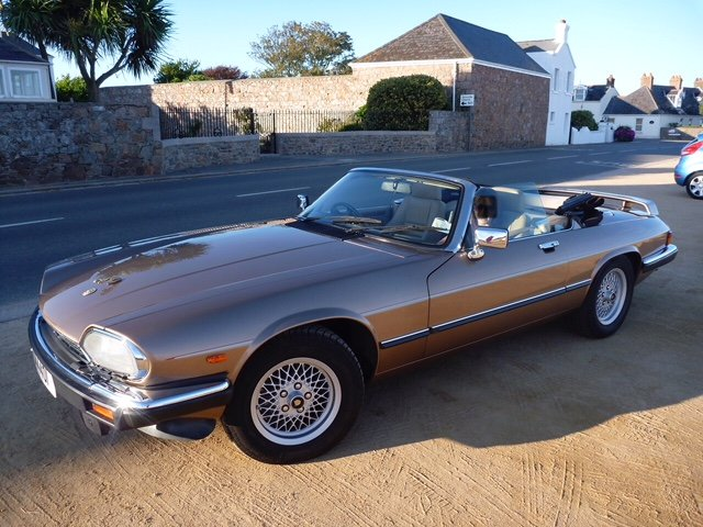 1990 XJS Convertible is great condition - Under Offer SOLD (picture 1 of 6)