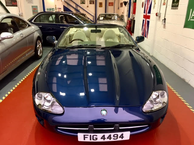 1996 Jaguar XK8 Auto Convertible - Ultimate Showroom Condition! For Sale (picture 4 of 6)