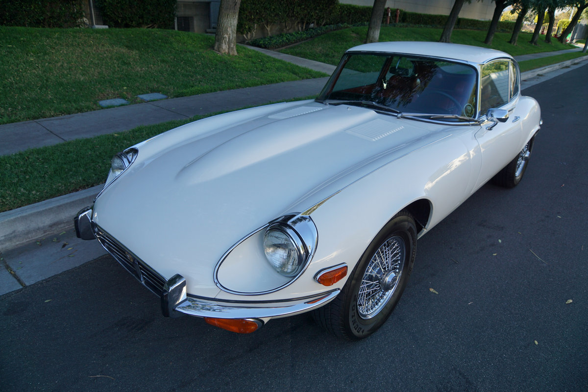 1972 Jaguar E-Type V12 2+2 4 spd Coupe For Sale (picture 1 of 6)