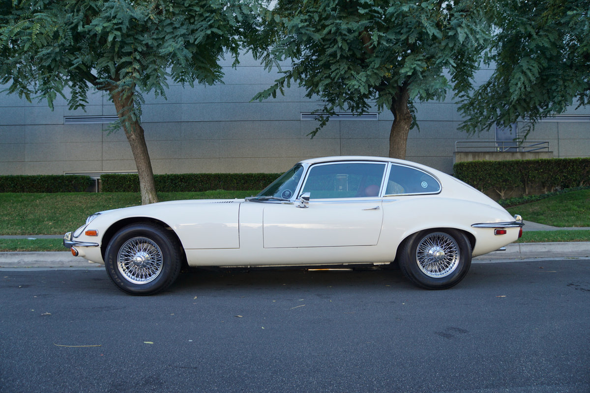 1972 Jaguar E-Type V12 2+2 4 spd Coupe For Sale (picture 2 of 6)