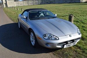 1999 Jaguar XK8 Convertible Auto