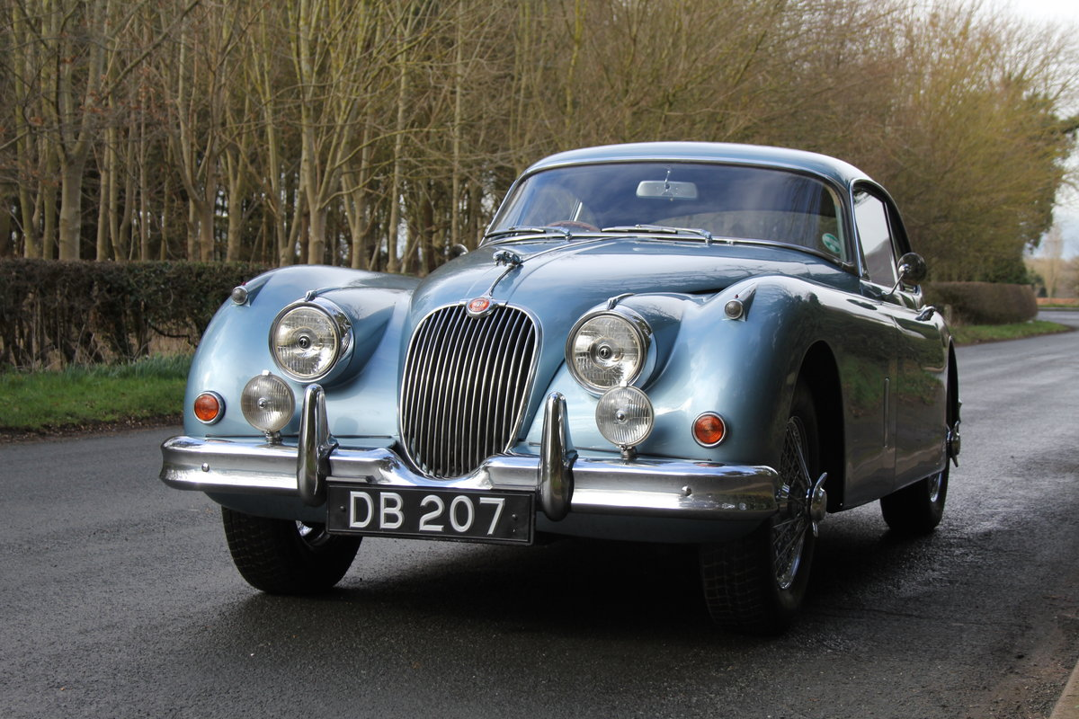 1960 Jaguar XK 150, Matching No's, UK upgraded car  SOLD (picture 2 of 12)