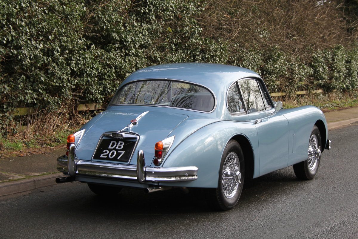 1960 Jaguar XK 150, Matching No's, UK upgraded car  SOLD (picture 4 of 12)