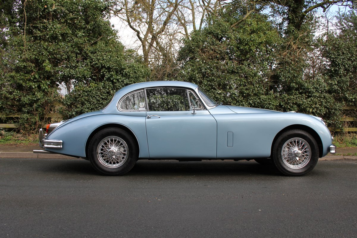 1960 Jaguar XK 150, Matching No's, UK upgraded car  SOLD (picture 5 of 12)