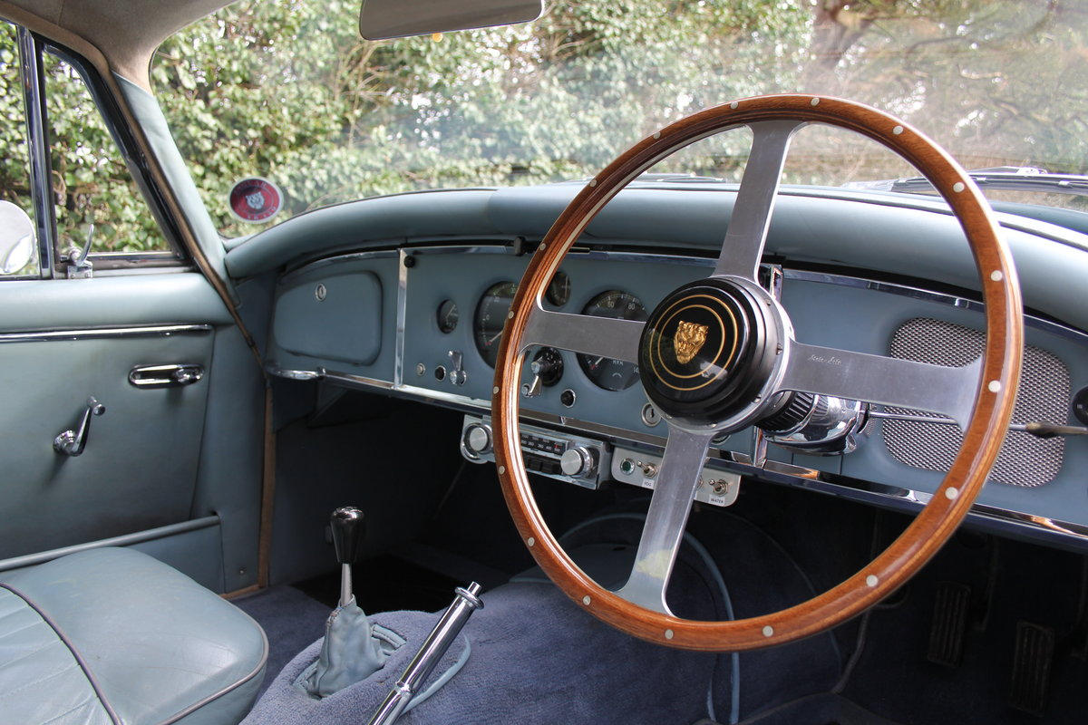 1960 Jaguar XK 150, Matching No's, UK upgraded car  SOLD (picture 6 of 12)