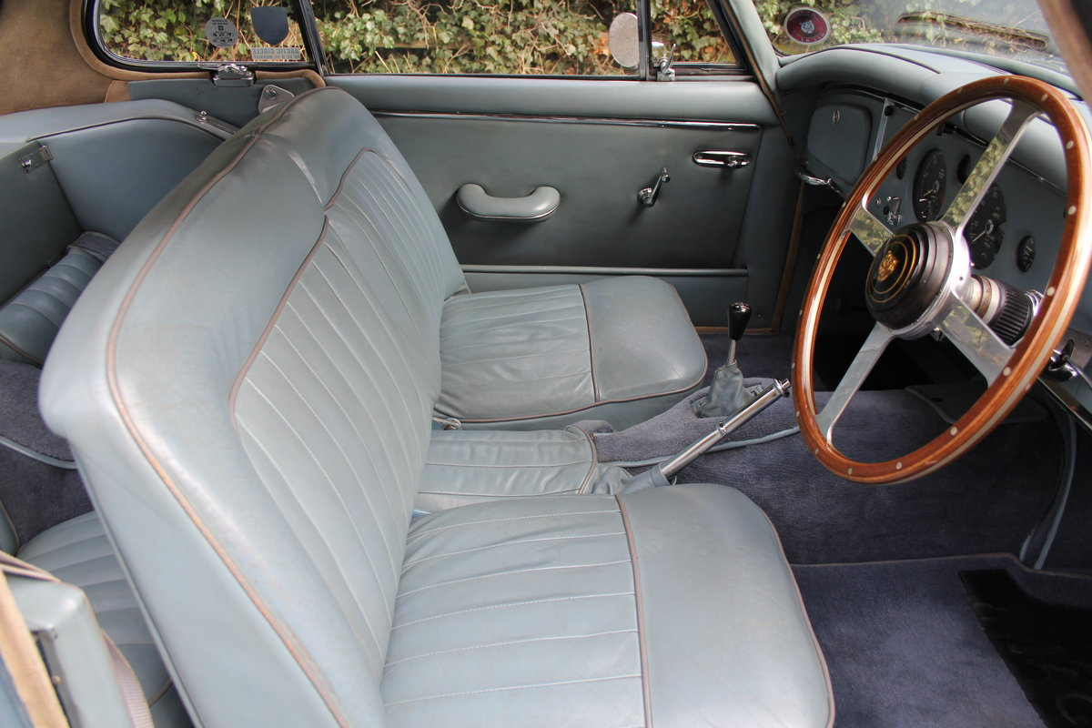1960 Jaguar XK 150, Matching No's, UK upgraded car  SOLD (picture 7 of 12)
