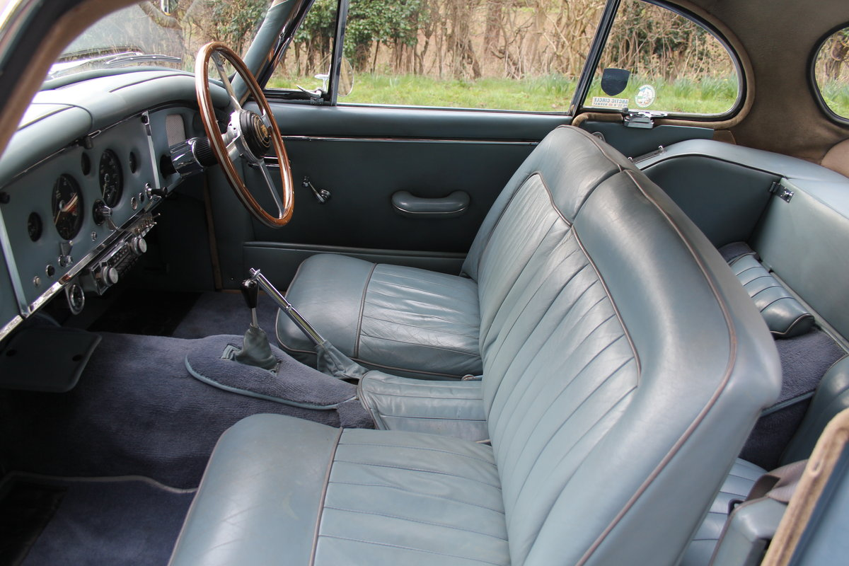 1960 Jaguar XK 150, Matching No's, UK upgraded car  SOLD (picture 8 of 12)