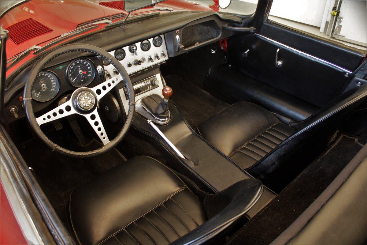 1962 Jaguar XKE Roadster Flat Floor SOLD (picture 2 of 5)