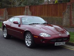 2000 Head turning Jaguar
