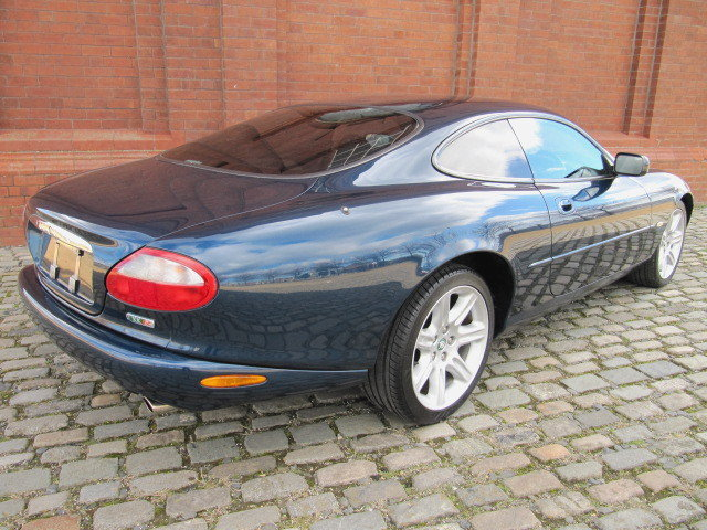 1997  JAGUAR XK8 4.0 V8 SPORT COUPE AUTOMATIC * XKR LOOKS For Sale (picture 2 of 6)