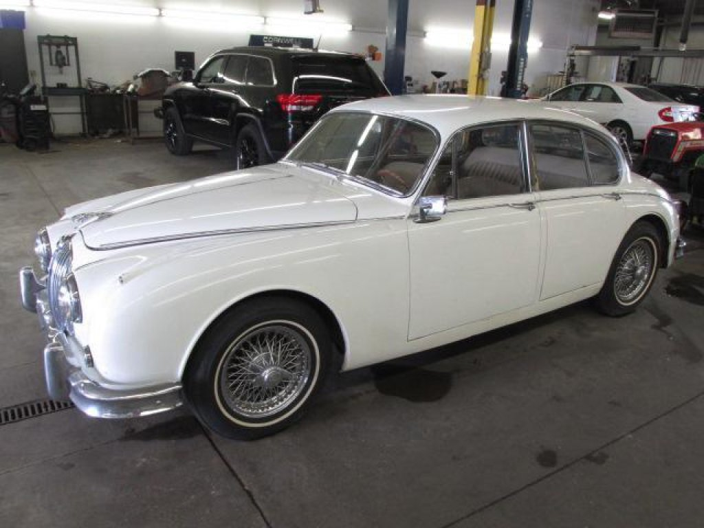 1963 jaguar mk11 For Sale (picture 1 of 4)
