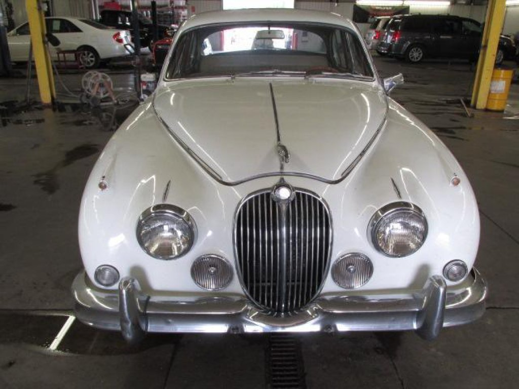 1963 jaguar mk11 For Sale (picture 3 of 4)