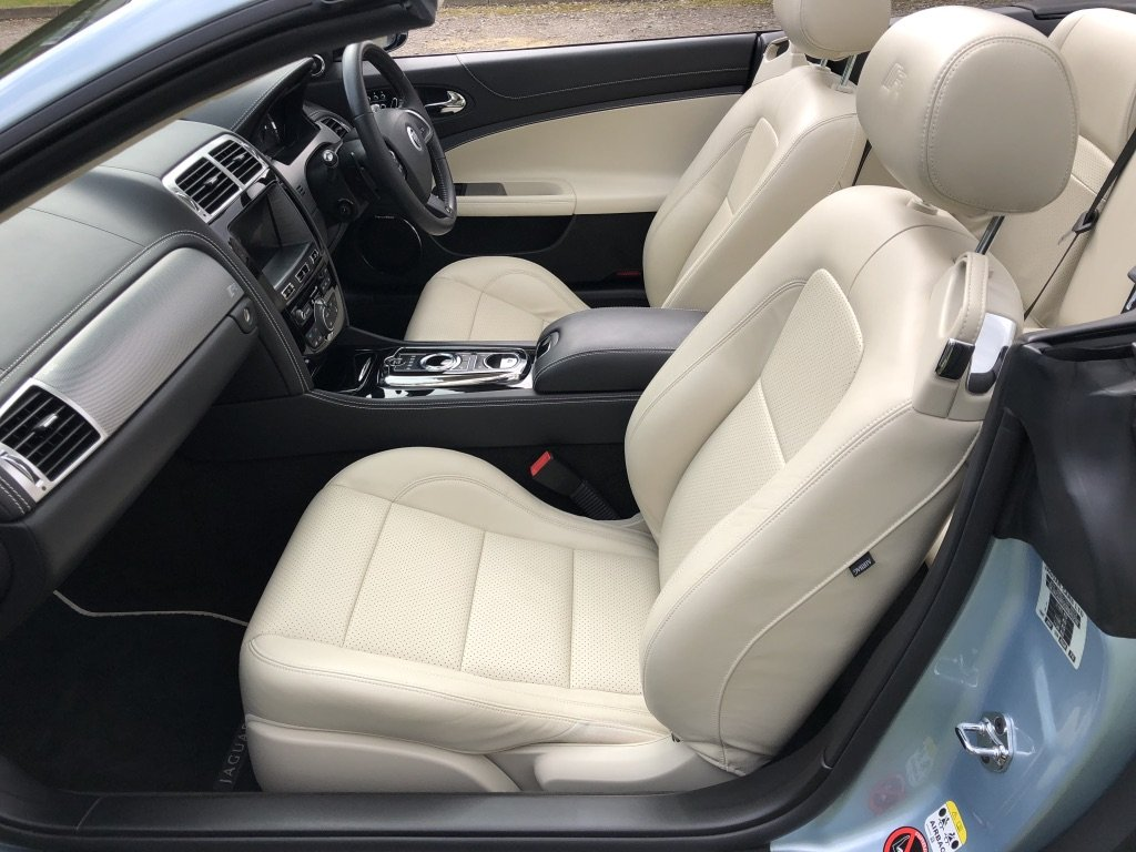 2011 Jaguar XKR 5.0 V8 Supercharged Convertible ONLY 19000 MILES For Sale (picture 5 of 6)