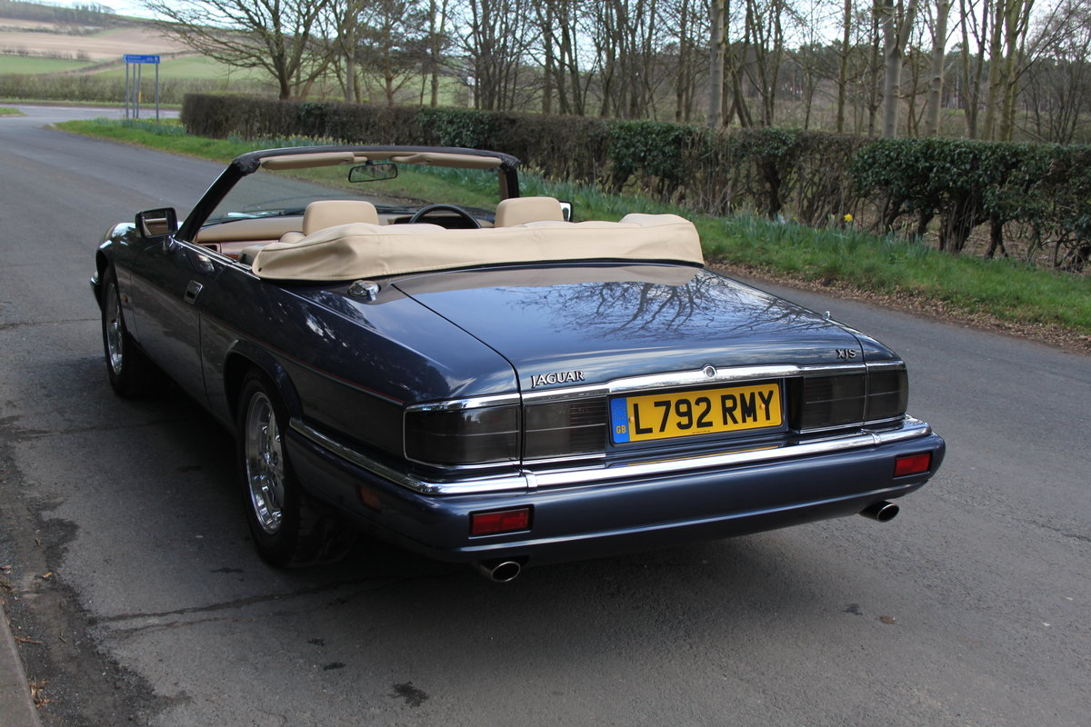 1994 Jaguar XJS 4.0 Convertible - 58k miles from new SOLD (picture 3 of 12)