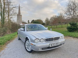 2003 Jaguar XJ8 Low mileage Jaguar History  For Sale