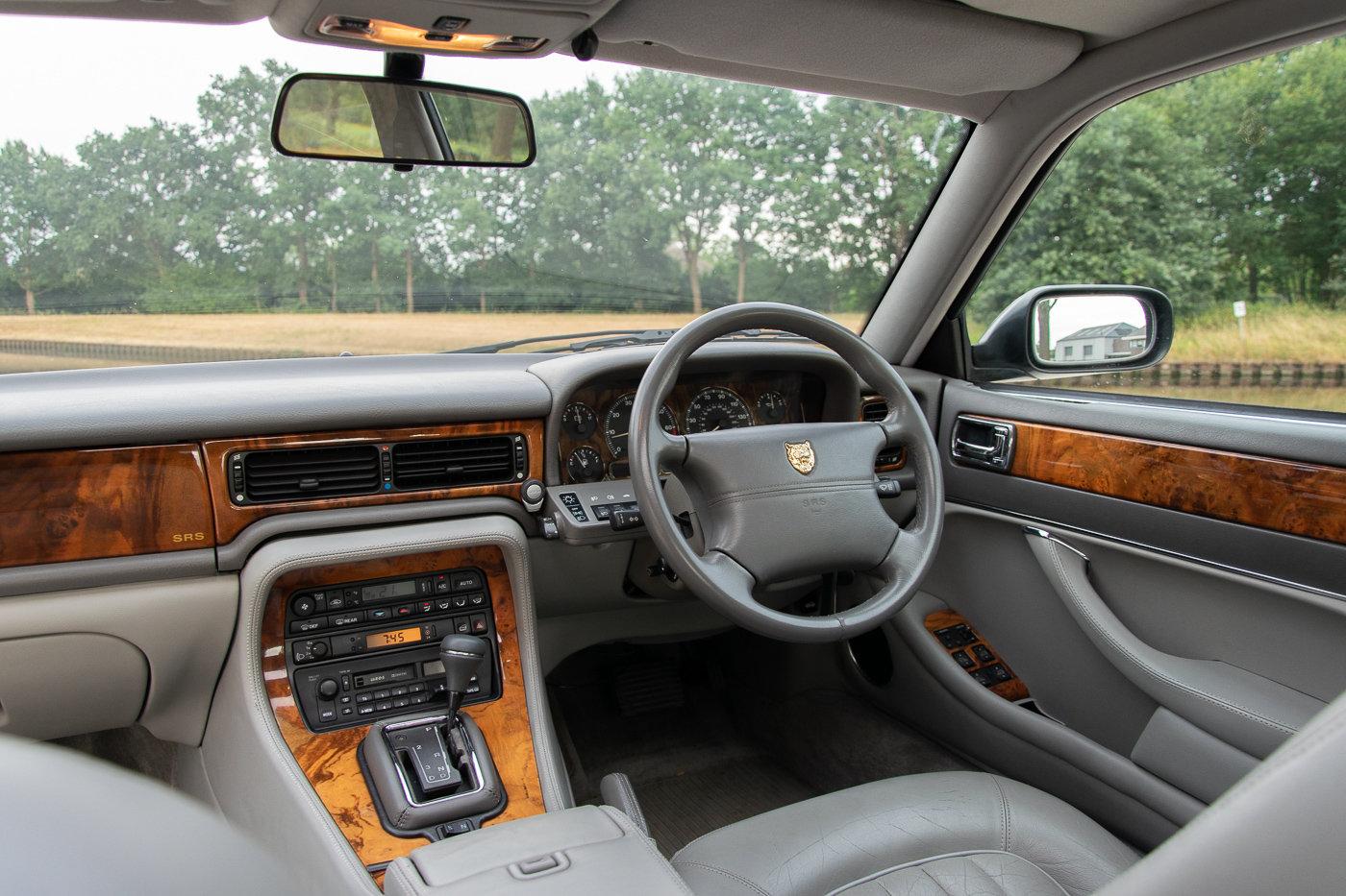 1996 JAGUAR XJ12 6.0 V12 - 94.221 Miles - Steel Grey For Sale (picture 2 of 6)