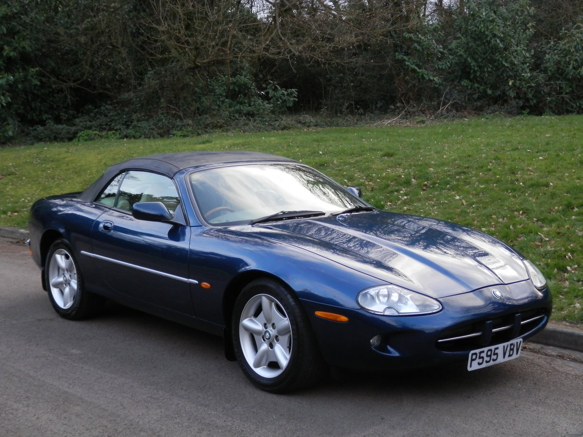 Jaguar XK8 Convertible.. 4.0 V8 Auto.. P/X To Clear. Bargain SOLD (picture 2 of 6)