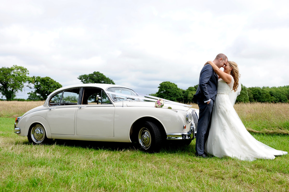 1961 Classic Wedding Cars Cheshire & Manchester For Hire (picture 2 of 6)