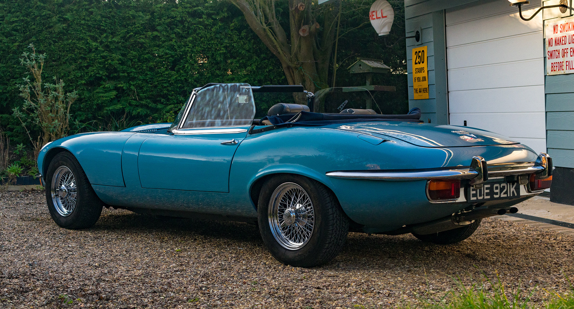 Series 3 V12 Jaguar E-Type Roadster, 1972,  manual For Sale (picture 2 of 6)
