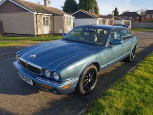 "Jaguar XJ8 4.0 V8 1998 ""S"" reg For Sale"