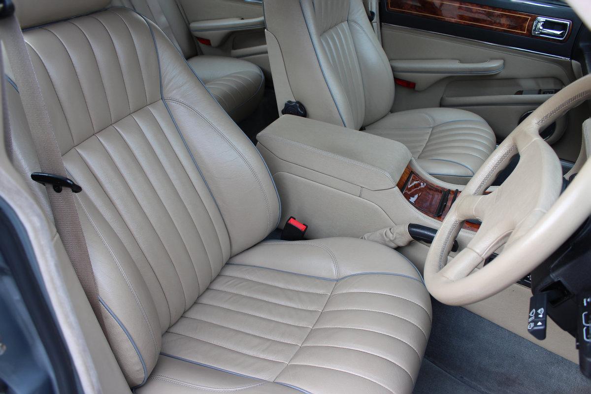 1989 Jaguar XJ 3.6 XJ40 XJR Sports 4dr 1 OWNR-FULL JAGUAR HISTORY For Sale (picture 2 of 6)