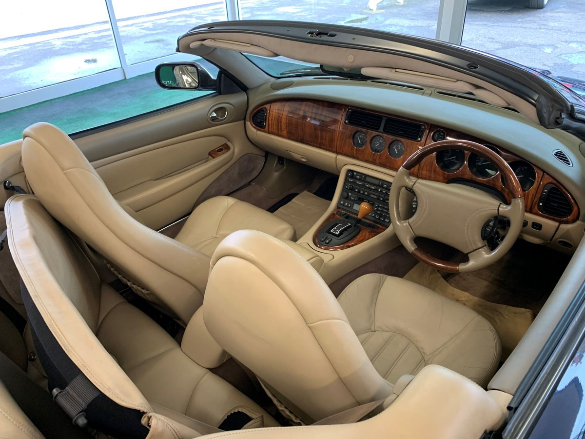 1999 Jaguar XKR – Supercharged – 370 BHP SOLD (picture 4 of 11)